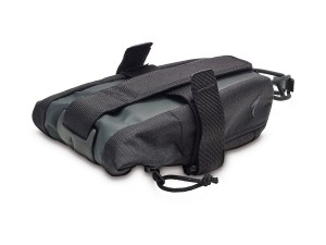 41118-0101_BAG_SEAT-PACK_BLK_HERO